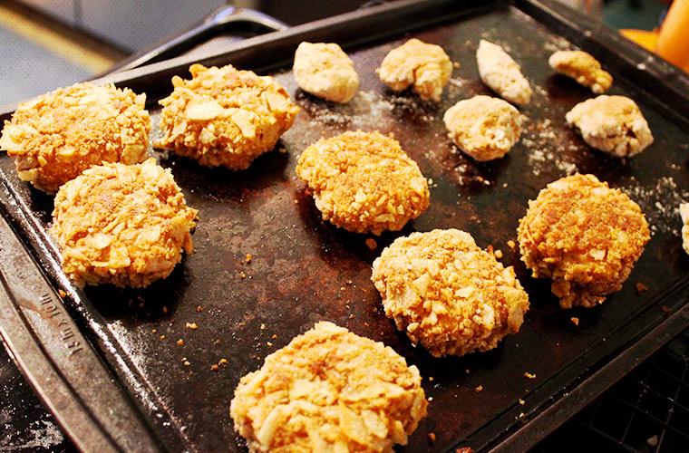 Vegan Fried Chicken nuggets