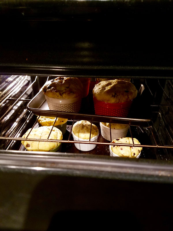 Vegan Panettone: Baking in oven